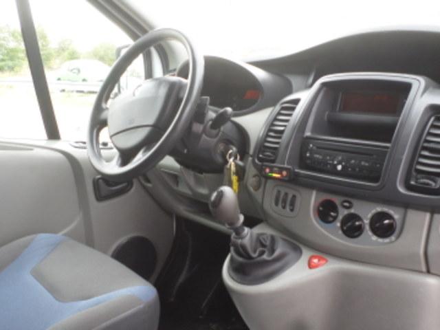 Renault FOOD TRUCKS MAGASIN TRAFIC 2.0 DCI 115