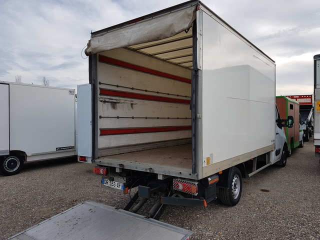 Renault CAISSE 20 M3+HAYON MASTER CHASSIS 2.3 DCI 165