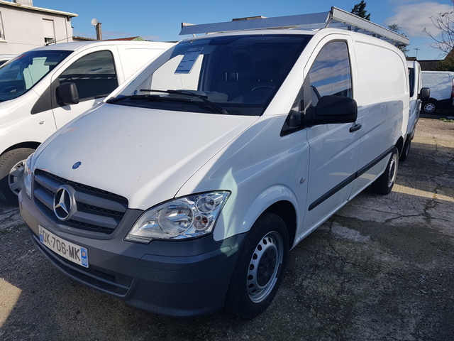 Mercedes-Benz VITO 113 CDI 5 PLACES  CONFORIS