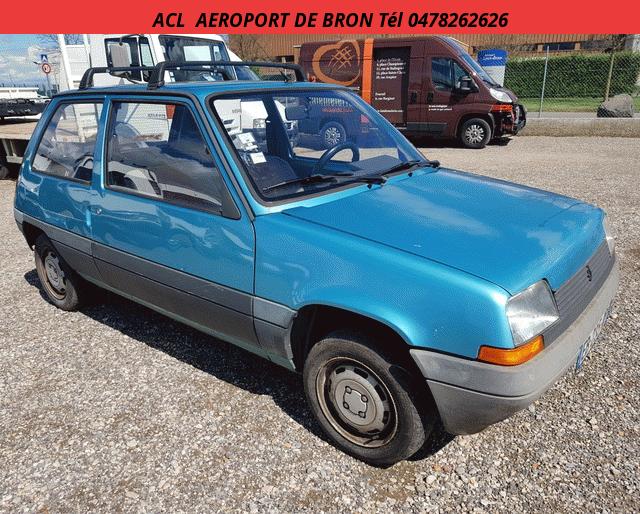 Renault SUPER CINQ ESSENCE 3 PORTES Non definie