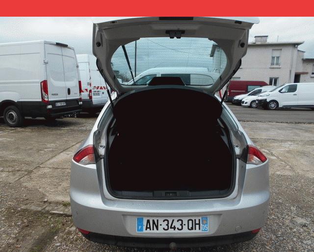 Renault LAGUNA BLACK EDITION CARMINAT DCI 110